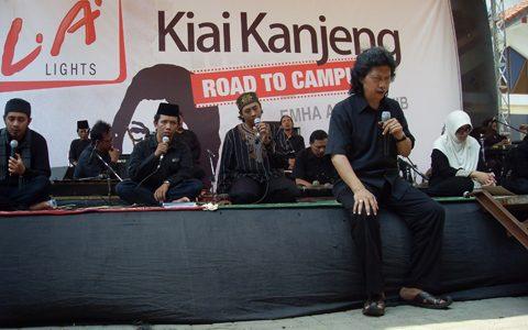 Road to Campuss Kiai Kanjeng di UNIKAL