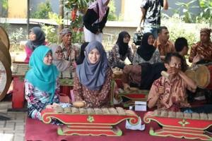 Gending Jawa Universitas Pekalongan