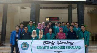 Studi Banding STIE ASSHOLEH PEMALANG